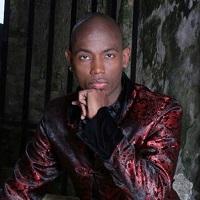 Danseur classique, chanteur https://www.premiereloge-opera.com/artiste/2020/12/10/yannis-francois-biographie-roles/